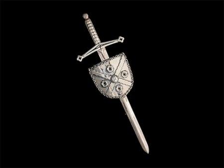 Clan MacFarlane Society Heraldic Kilt Pin created for International Clan MacFarlane Society Inc's fundraising drive benefiting Clan MacFarlane Charitable Trust. ©royal-publishing.com